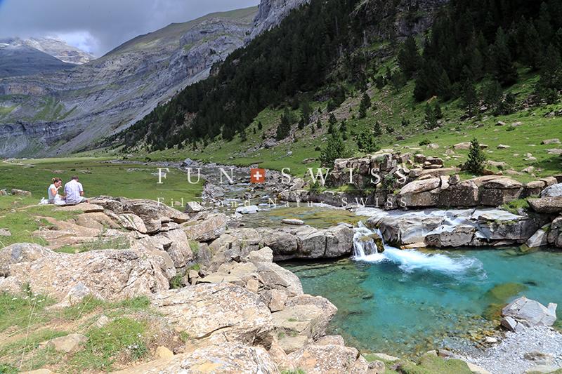 オルデサ渓谷の滝1