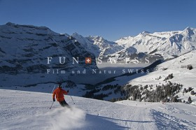 ユングフラウ地域でスキー2