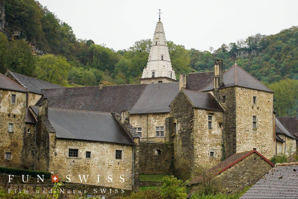 909年に建てられた修道院