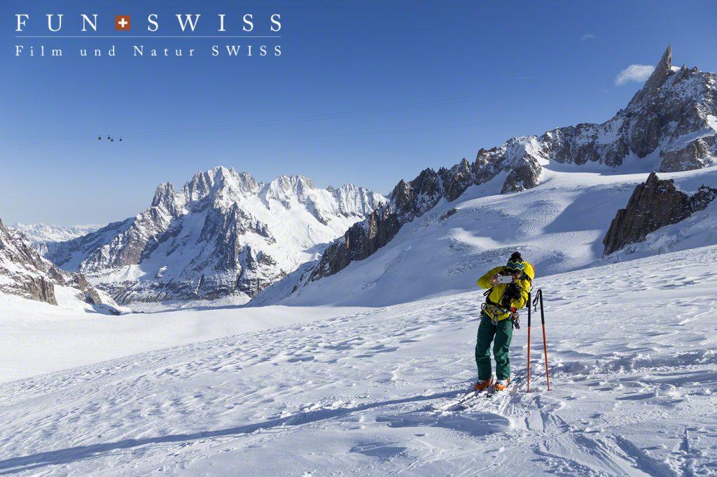 山岳ガイドも、今シーズン初のお客様の写真撮影