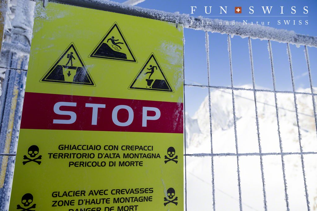 氷河エリアに入る注意