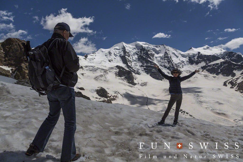 標高約3,000mの展望台目の前には、ベルニナアルプスの大迫力に迫ります!!!