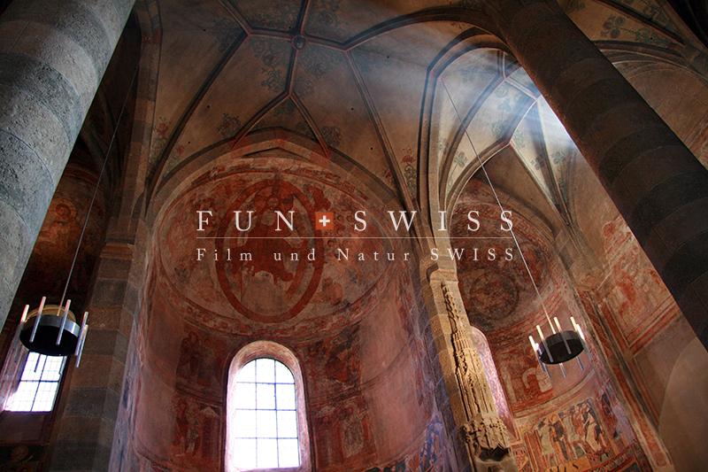 ミュスタイアの教会内部