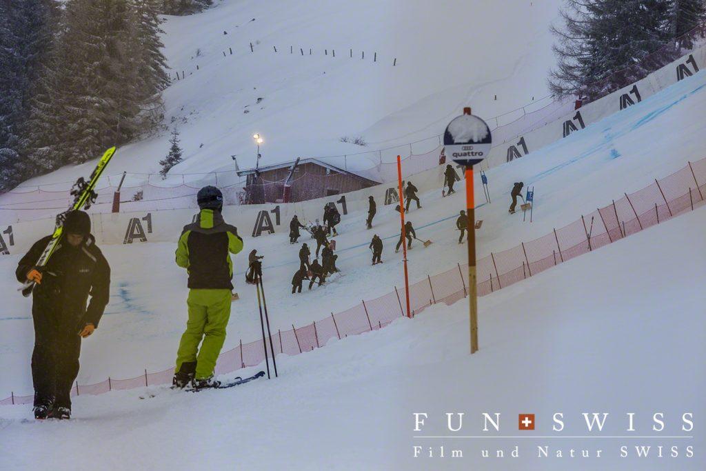 レース当日、自衛隊たちの必死の除雪作業
