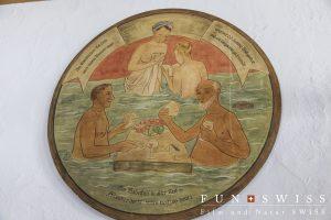 レストラン内にも温泉にまつわる絵画が。