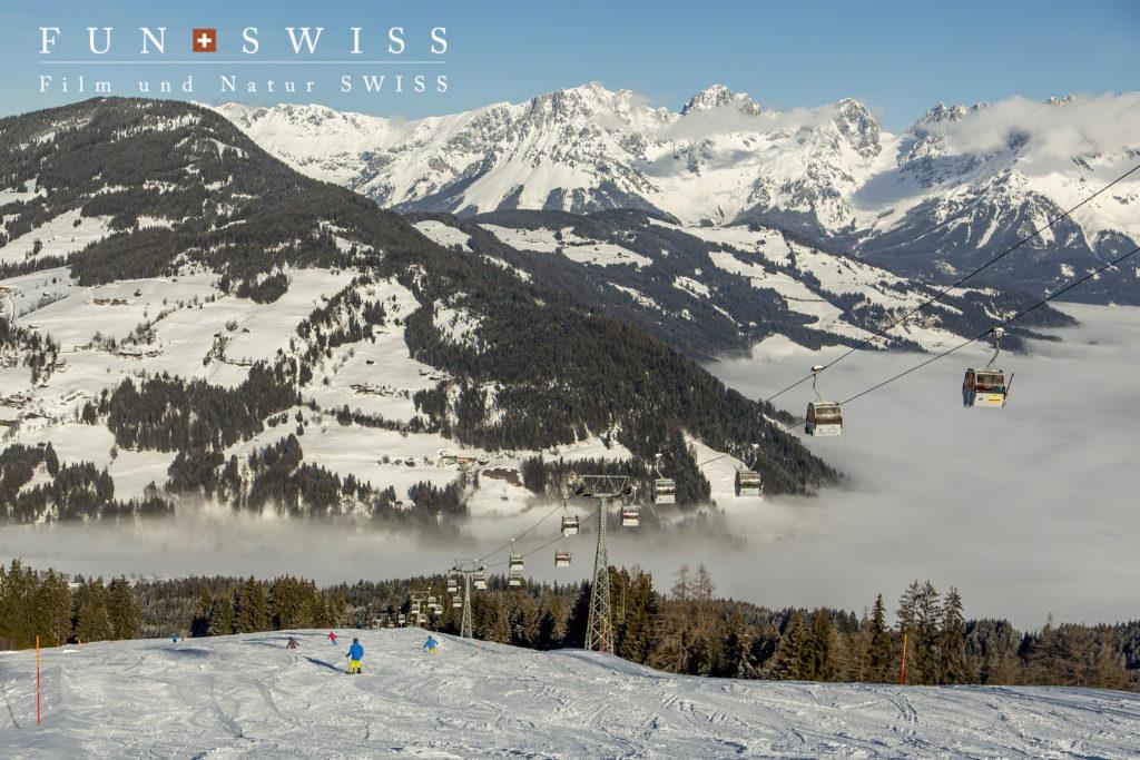 広大なスキーエリアは雲海の上でした!!!