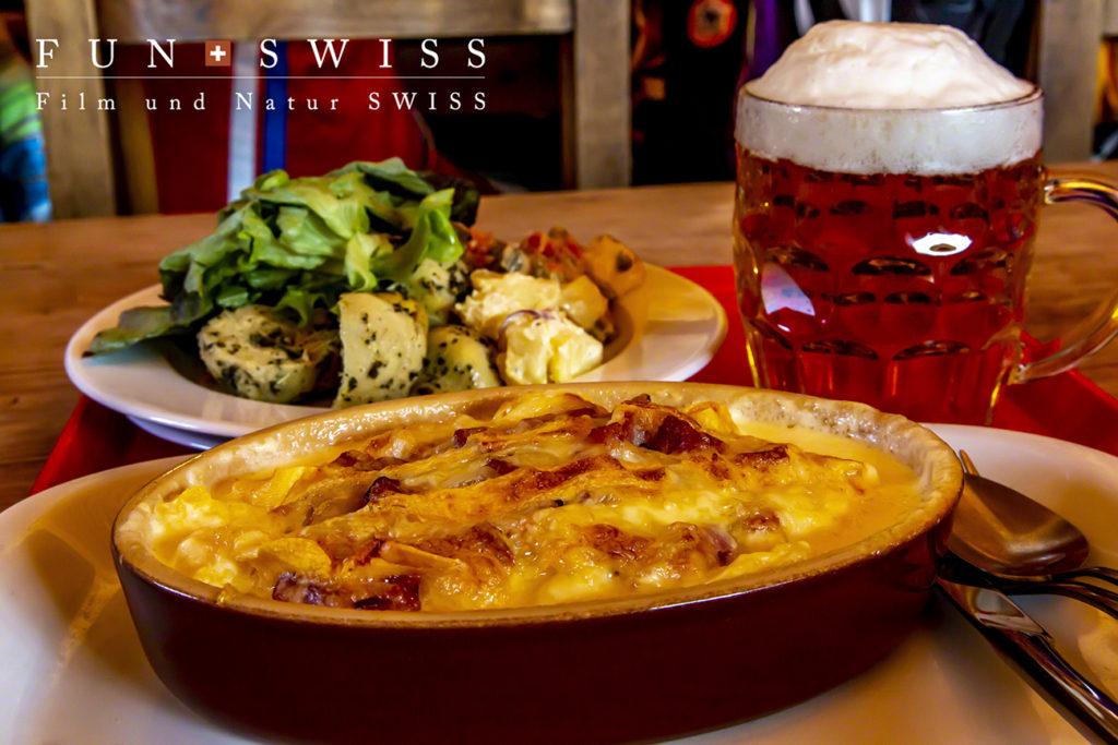 サヴォワ地方の伝統料理は地元のチーズとジャガイモなどを使ったグラタン各種☆