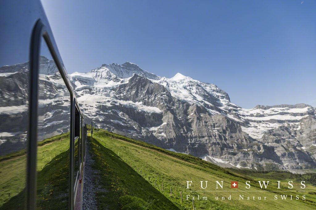 ユングフラウ鉄道から見る、ユングフラウ(4,158m)