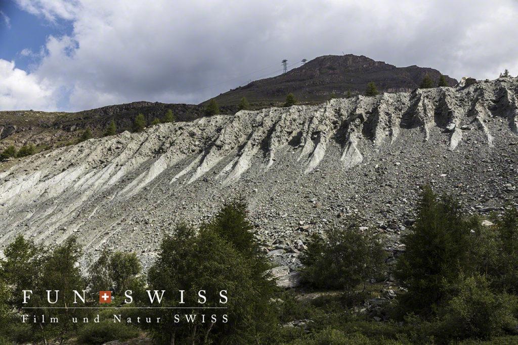 氷河が作ったモレーン地形